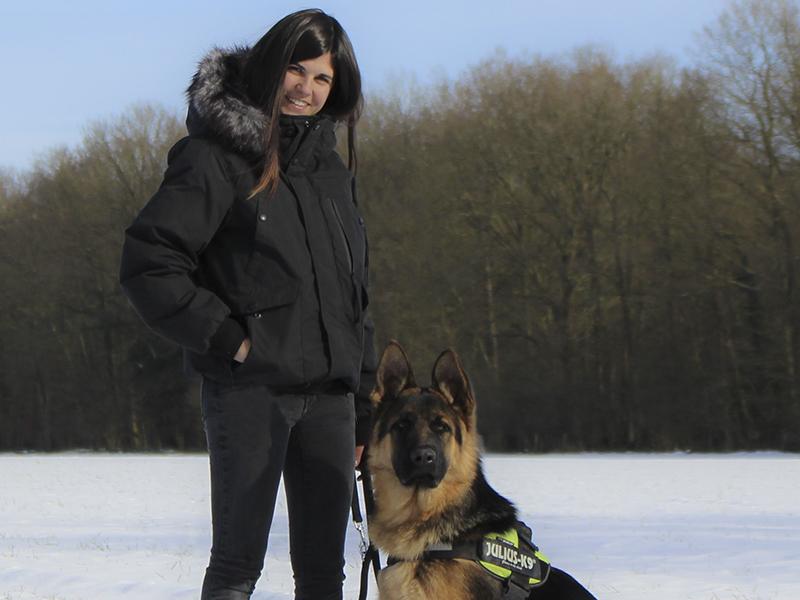 educateur-canin-jade-gimenez-saint-andre-evreux-eure-27-correcteure-canin-chien-photo